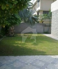 11 Bed 2 Kanal House For Sale in Gulberg, Lahore