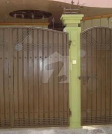 5 Bed 5 Marla House For Sale in Gulistan Colony, Multan