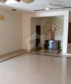 5 Bed 1 Kanal House For Sale in Wapda Town Phase 1 - Block B4, Wapda Town Phase 1