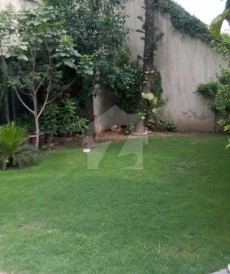 8 Bed 1 Kanal House For Sale in Garden Town, Lahore