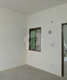 1 Bed 450 Sq. Ft. Flat For Sale in Zaheer Villas, Lahore