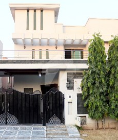 4 Bed 10 Marla House For Rent in DHA Phase 6, DHA Defence