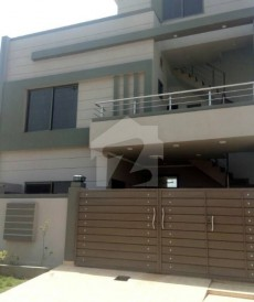 6 Bed 6 Marla House For Sale in Canal Garden, Lahore