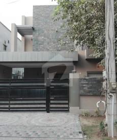 5 Bed 10 Marla House For Sale in Izmir Town - Block J, Izmir Town