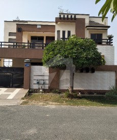 5 Bed 1 Kanal House For Sale in Wapda City, Faisalabad