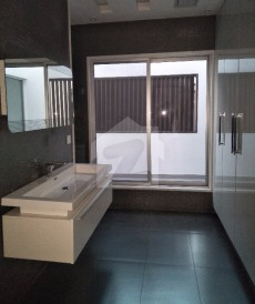 5 Bed 1 Kanal House For Sale in DHA Phase 5 - Block C, DHA Phase 5