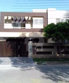 5 Bed 1 Kanal House For Sale in Izmir Town - Block C, Izmir Town