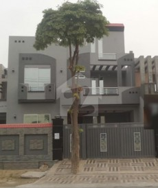 5 Bed 12 Marla House For Sale in Gulshan-e-Lahore, Lahore