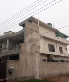 5 Bed 10 Marla House For Sale in Izmir Town, Lahore