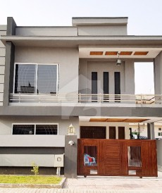 5 Bed 10 Marla House For Sale in Bahria Town Phase 4, Bahria Town Rawalpindi