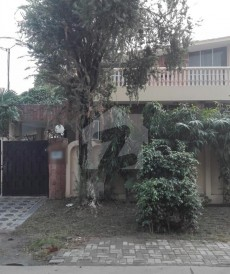 5 Bed 16 Marla House For Sale in Cavalry Ground, Lahore