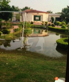 6 Bed 8 Kanal Farm House For Sale in Bedian Road, Lahore