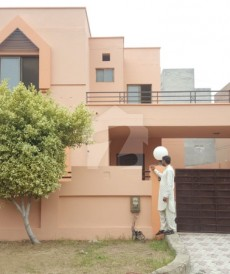 3 Bed 10 Marla House For Sale in Valencia Housing Society, Lahore