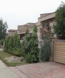 4 Bed 1 Kanal House For Rent in Askari 11, Askari