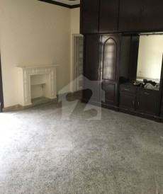 4 Bed 1.2 Kanal House For Sale in Cavalry Ground, Lahore