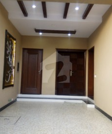 3 Bed 5 Marla House For Sale in State Life Housing Society, Lahore