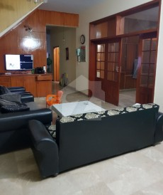 5 Bed 12 Marla House For Sale in Cavalry Ground, Lahore