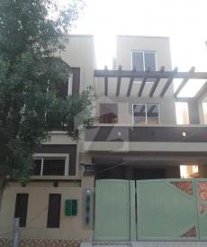 6 Bed 8 Marla House For Sale in Bahria Nasheman - Zinia, Bahria Nasheman