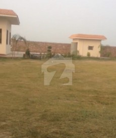 1 Bed 7.15 Kanal Farm House For Sale in Barki Road, Cantt