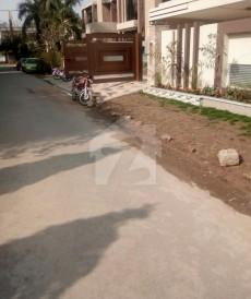 5 Bed 1 Kanal House For Sale in Johar Town Phase 2 - Block J1, Johar Town Phase 2