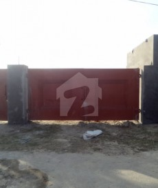 2 Bed 8 Kanal Farm House For Sale in Barki Road, Cantt
