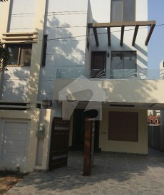 4 Bed 10 Marla House For Sale in Bahria Town - Tulip Block, Bahria Town - Sector C