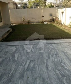 1.8 Kanal House For Sale in Gulberg 3, Gulberg