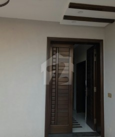 5 Bed 8 Marla House For Sale in Punjab Small Industries Colony, Lahore