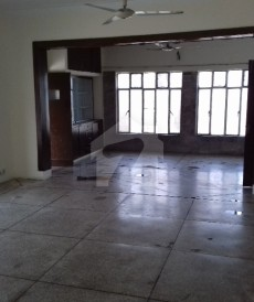 6 Bed 2 Kanal House For Sale in Gulberg, Lahore