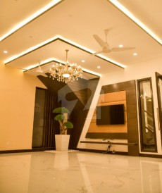 5 Bed 1 Kanal House For Sale in DHA Phase 6 - Block D, DHA Phase 6