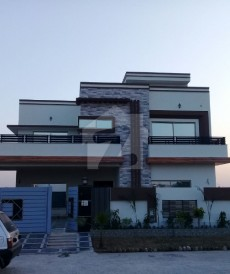 6 Bed 1 Kanal House For Sale in Lake City - Sector M-2, Lake City