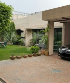 3 Bed 1 Kanal House For Sale in Model Town, Lahore