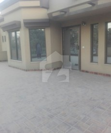 1 Kanal House For Sale in Garden Town, Lahore