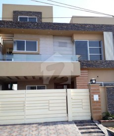 5 Bed 12 Marla House For Sale in Valencia Housing Society, Lahore