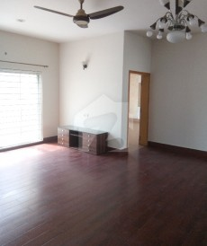 2 Bed 1 Kanal Upper Portion For Rent in DHA Phase 5, DHA Defence