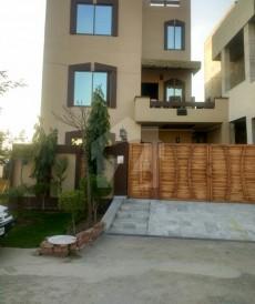 6 Bed 10 Marla House For Sale in Nasheman-e-Iqbal Phase 2, Nasheman-e-Iqbal