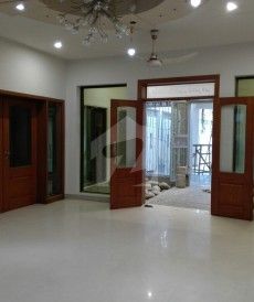 6 Bed 1.6 Kanal House For Sale in Allama Iqbal Town, Lahore