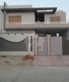 4 Bed 11 Marla House For Sale in One 4-L Road, Okara