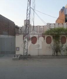 3 Bed 10 Marla House For Sale in Benazir Road, Okara