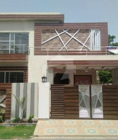 4 Bed 10 Marla House For Sale in Punjab Coop Housing - Block E, Punjab Coop Housing Society