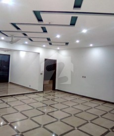 6 Bed 1 Kanal House For Sale in Architects Engineers Housing Society, Lahore