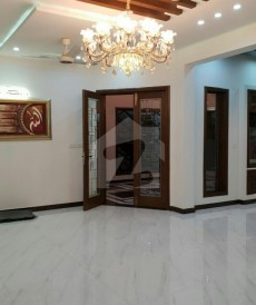 5 Bed 1 Kanal House For Sale in Johar Town, Lahore