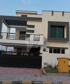 4 Bed 10 Marla House For Sale in Bahria Town Phase 8, Bahria Town Rawalpindi