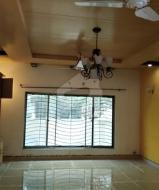 6 Bed 1 Kanal House For Sale in DHA Phase 4, DHA Defence