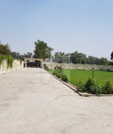3 Bed 10 Kanal Farm House For Sale in Raiwind Road, Lahore