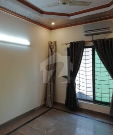 3 Bed 10 Marla Upper Portion For Rent in DHA Phase 2 - Block T, DHA Phase 2