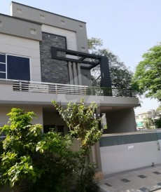 4 Bed 10 Marla House For Sale in Wapda Town, Lahore
