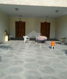 8 Bed 2 Kanal House For Sale in Cavalry Ground, Lahore
