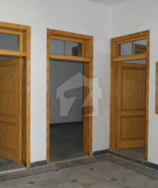 14 Bed 7 Marla House For Sale in Arbab Road, Peshawar