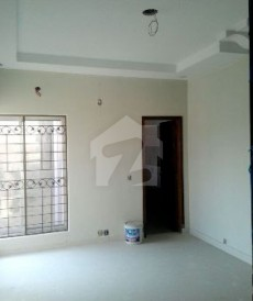 6 Bed 1.2 Kanal House For Sale in Cavalry Ground, Lahore